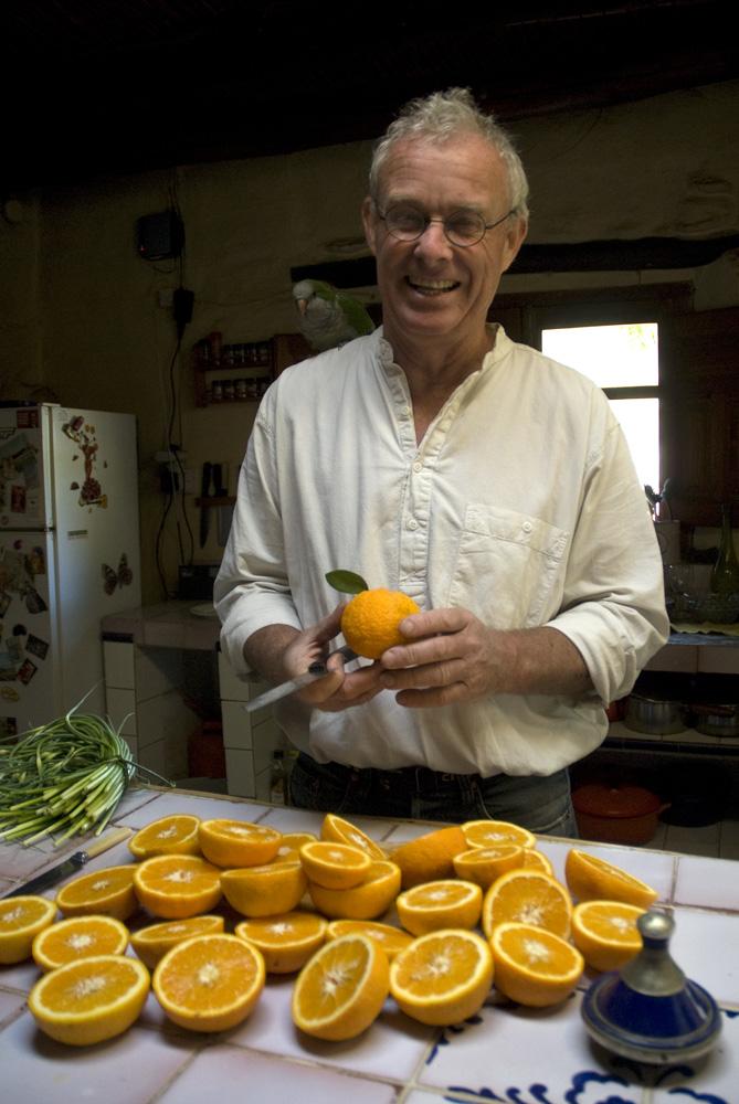 chris-stewart-cutting-oranges