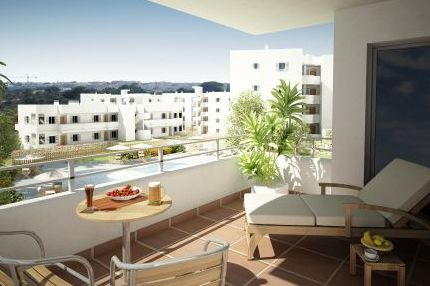 El Puerto II in Cala D´Or, Mallorca. One of the developments offering succulent discounts.