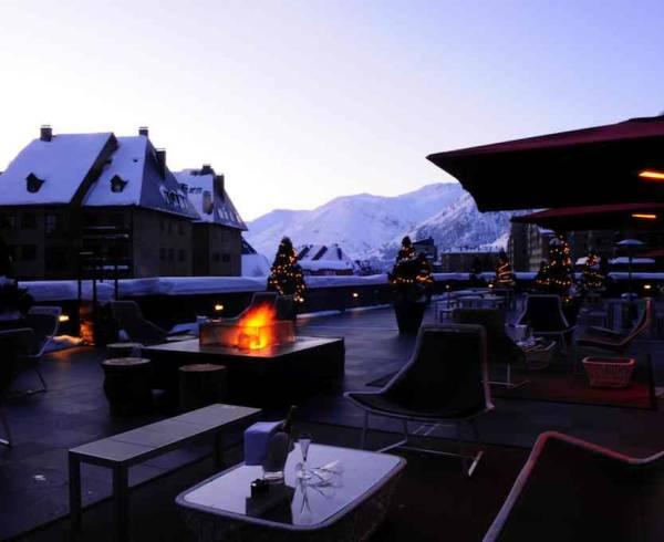 pyrenees-baqueira-evening-terrace