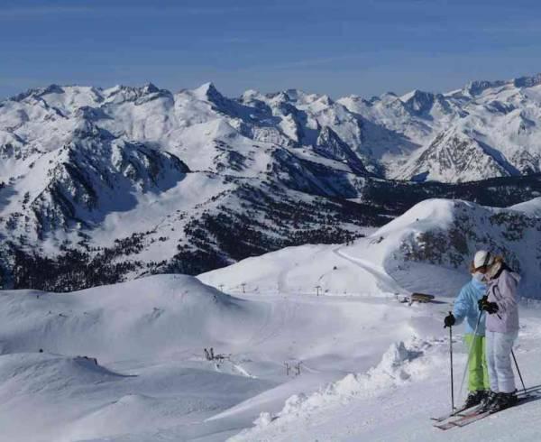pyrenees-baqueira-piste