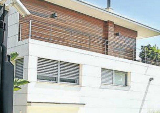 Neymar's €18,... Houses For Rent