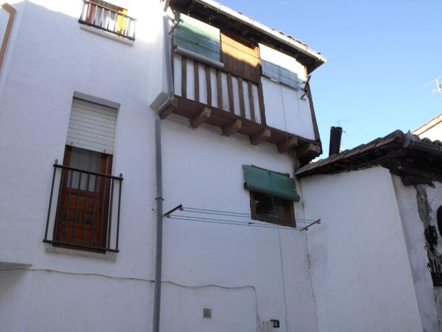 Candeleda townhouse