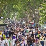 barcelona-tourists