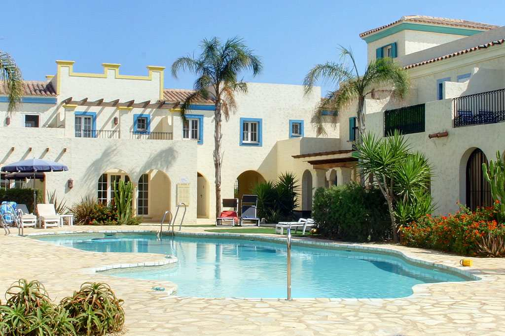 Two-bedroom, two-bathroom townhouse at Playa Marques Beach – Was €353,000 – Now €155,000