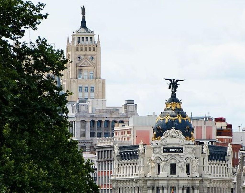 Madrid_Calle_de_Alcalá_Cropped (1024 x 806)