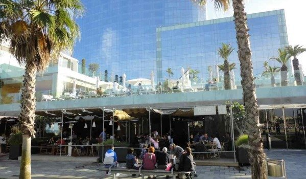 guide to buying commercial property in Barcelona
