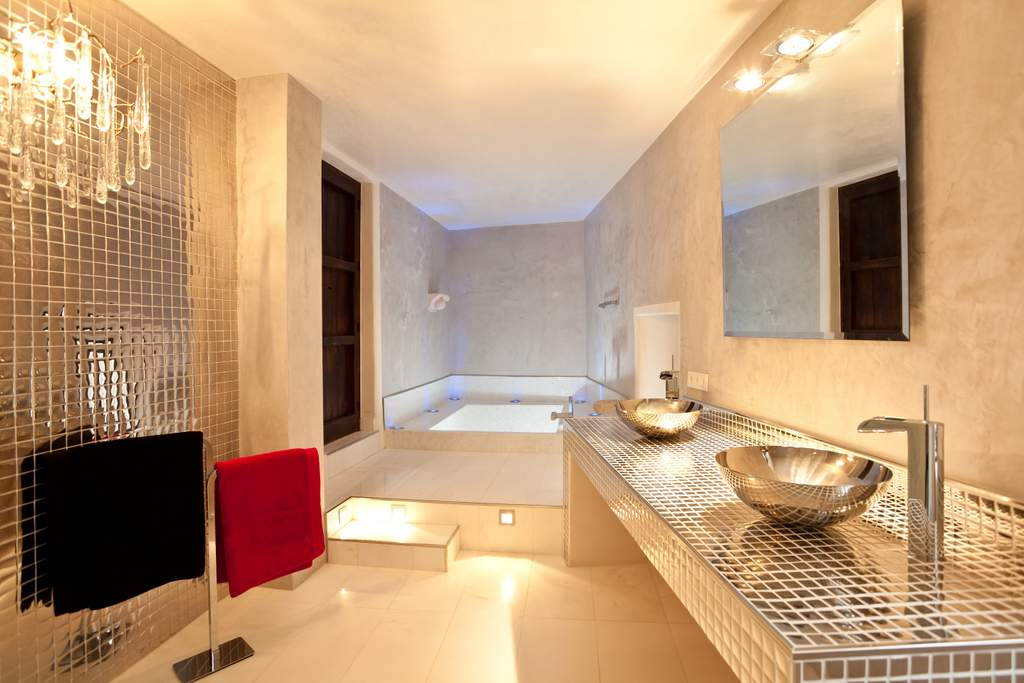 ibiza-palacio-bardaji-bath-2