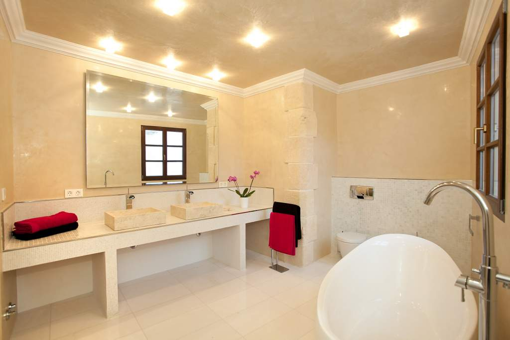 ibiza-palacio-bardaji-bath-3