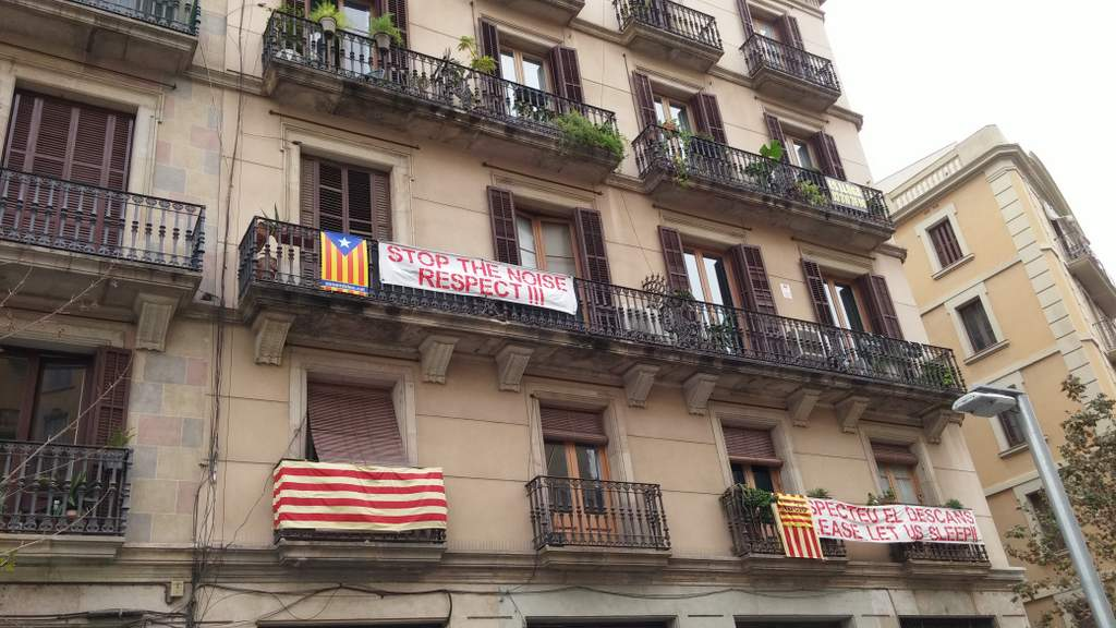 barcelona born property noise problems