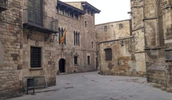 property for sale in barcelona's gothic quarter