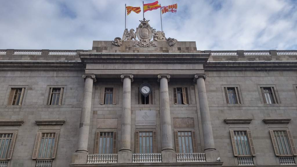 barcelona city hall ajuntament