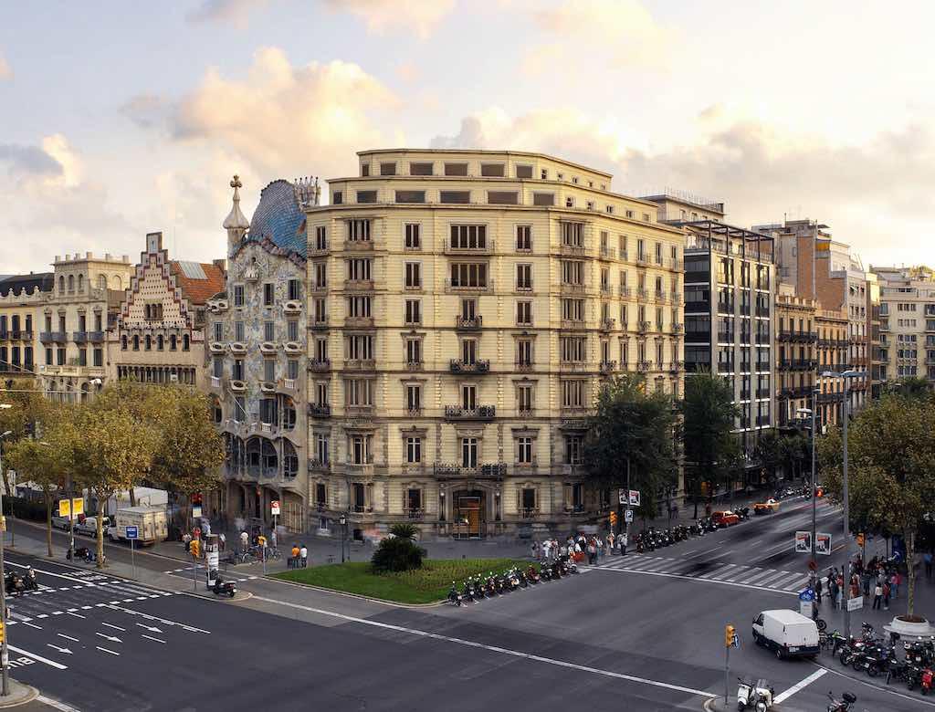 Barcelona Pase de Gracia with Aragon