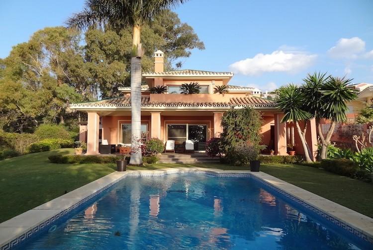 Villa in Nueva Andalusia