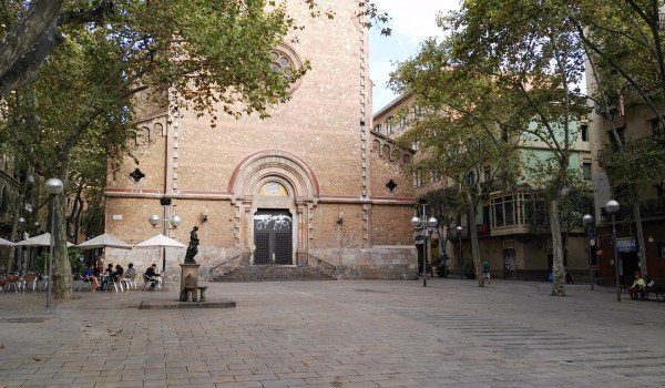 buying property in barcelona gracia district