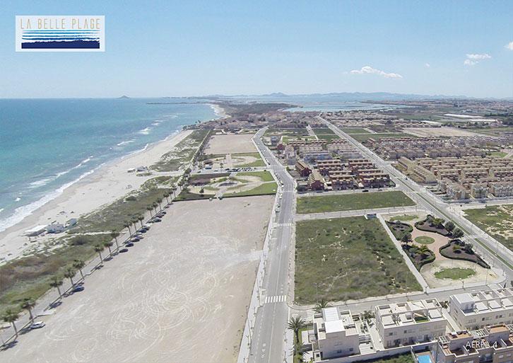 Beachfront site of a TM Group new development in Murcia