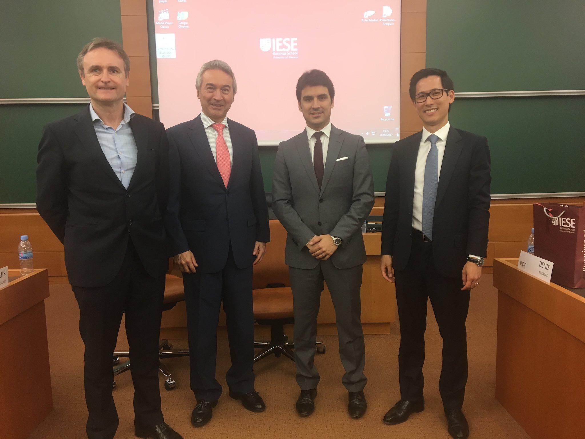Expert panel discussion of Spanish housing market Left to right: Mark Stücklin (SPI), Prof. José Luis Suárez (IESE), Jordi Argemí (Neinor Homes), Denis Nakagaki (CaixaBank)