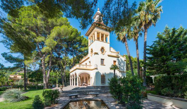 mansion home renovation property near valencia city spain
