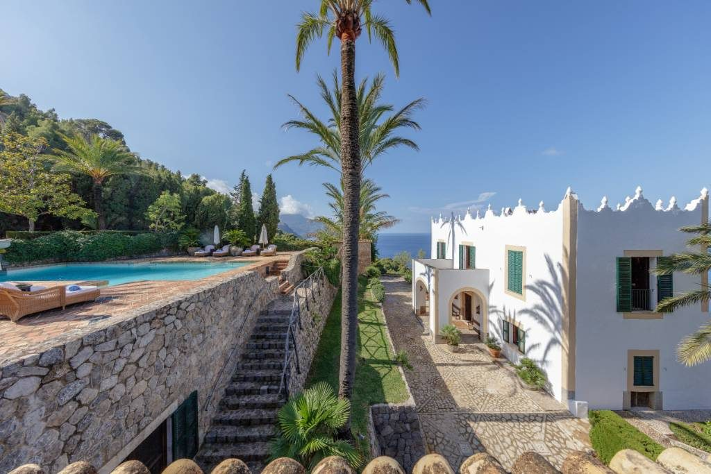 Michael Douglas is asking €29 m for his villa s'Estaca in Majorca, presumably with some room to move down on price.